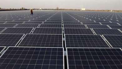 Photo of أبوظبي تبدأ تشغيل أكبر محطة مستقلة للطاقة الشمسية في العالم