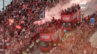 Photo of جماهير ليفربول تحتفل مع فريقها المتوج بلقب دوري الأبطال