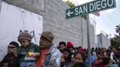 Photo of رئيس المكسيك يدافع عن اتفاق وقف تدفق المهاجرين لأمريكا