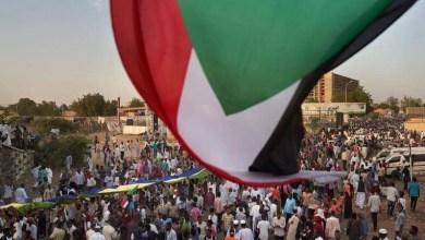 Photo of بريطانيا تستدعي السفير السوداني للتعبير عن قلقها من أعمال العنف في الخرطوم