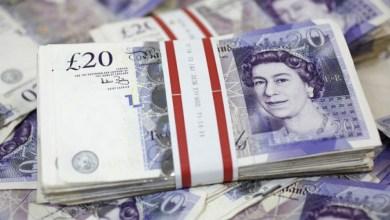 Photo of الجنيه الإسترليني يسجل أدنى مستوياته أمام الدولار منذ مارس 2017