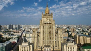 Photo of روسيا تنفي أنباء عن رفضها منح تأشيرات دخول لمعلمين أمريكيين