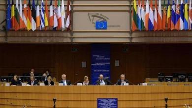 Photo of المفوضية الأوروبية تمنح بولندا مهلة للتراجع عن تعديلات قضائية مثيرة للجدل