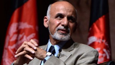 Photo of الرئيس الأفغاني يطلق سراح 35 سجينًا من طالبان