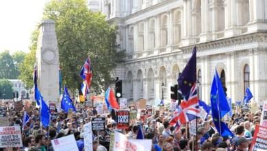 Photo of الآلاف يحتجون على تعليق جلسات البرلمان في بريطانيا