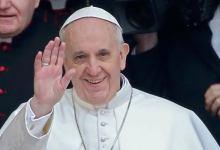 Photo of بابا الفاتيكان يطالب بحماية الأطفال على الإنترنت