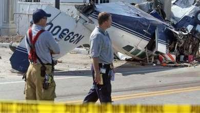 Photo of طائرة تصطدم بمبنى في ولاية أريزونا