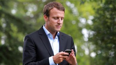 Photo of ماكرون يحمل تطبيقًا على هاتفه لقياس تطور أداء حكومته