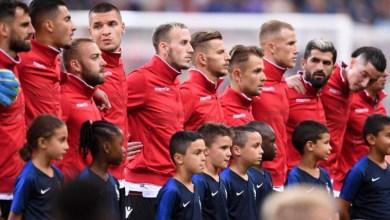 Photo of الرئيس الفرنسي  يعتذر لألبانيا عن مهزلة النشيد الوطني