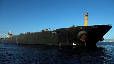 Photo of أمريكا تنشر صورة لناقلة النفط الإيرانية قرب ميناء سوري