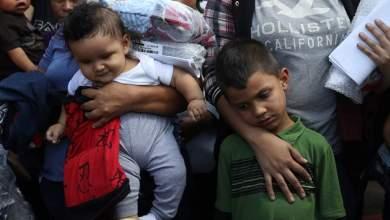 Photo of قاضية أمريكية تمنع تطبيققواعد ترامب على أطفال المهاجرين المحتجزين