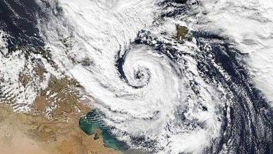 """Photo of الإعصار """"عصمت"""" والمنخفض الجوي """"حمادة"""" يثيران الجدل في مصر"""
