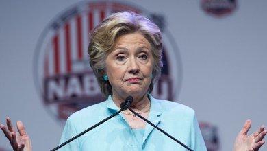 Photo of هيلاري كلينتون تقارن دونالد وميلانيا ترامب بملك يهودي وزوجته