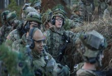 Photo of أمريكا تنشر قوات عسكرية بالقرب من الحدود الروسية الشتاء المقبل
