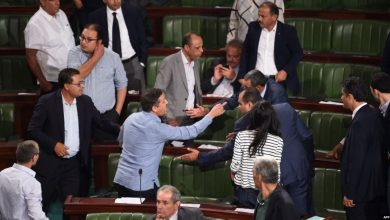 Photo of خيارات صعبة تواجه تشكيل الحكومة التونسية في ظل الانقسام السياسي