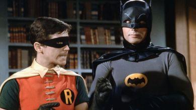 Photo of طرح الأزياء الأصلية لـ باتمان وروبين للبيع في مزاد علنى