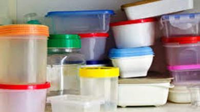 Photo of الطهي بالأدوات البلاستيكية قد يسمم الطعام