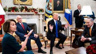 "Photo of ترامب يهاجم بيلوسي ويصفها بـ""المجنونة"""