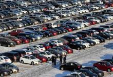 Photo of توقعات بإرجاء ترامب قرار فرض رسوم جمركية على السيارات الأوروبية لستة أشهر