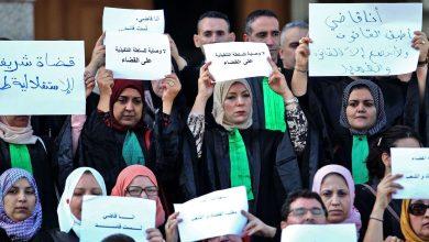 Photo of أزمة الجزائر تتحول إلى صراع بين السلطات الثلاث