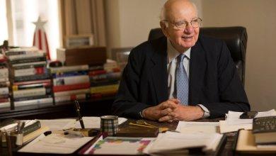 Photo of وفاة الرئيس الأسبق للمركزي الأمريكي بول فولكر عن 92 عامًا