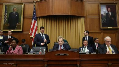 Photo of محامو ترامب يدعون مجلس الشيوخ إلى تبرئته فورًا