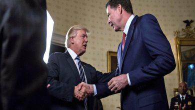 "Photo of ""كومي"" يقر بوجود عيوب في قرار التحقيق مع أفراد حملة ترامب"