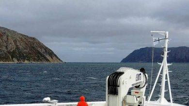 Photo of جزيرتان يفصل بينهما 4 كيلو متر في المسافة و23 ساعة في التوقيت!
