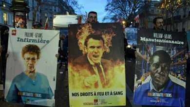 Photo of ماكرون يتجاهل غضب الشارع ويتجه لإقرار إصلاحات قانون التقاعد