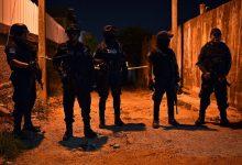 Photo of سلطات المكسيك تعلن العثور على 10 جثث متفحمة داخل شاحنة