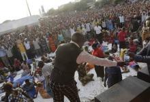 Photo of مقتل 20 وإصابة 12 في حادث تدافع خلال قداس بتنزانيا