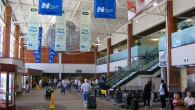 Photo of أمريكا تدرس إلغاء الرحلات الجوية الداخلية لمناطق تفشي كورونا