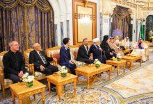 Photo of سابقة تاريخية.. ملك السعودية التقى حاخامًا إسرائيليًا في قصره بالرياض