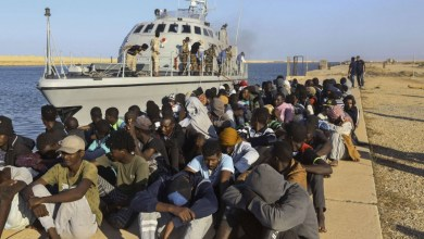 Photo of مفوضية اللاجئين تقرر إغلاق مركز للمهاجرين في ليبيا