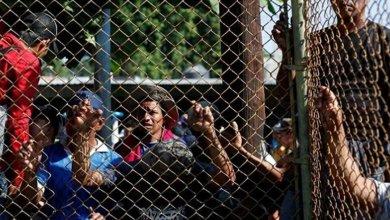 Photo of قرار نهائي بأخذ بصمات المهاجرين المحتجزين على الحدود الأمريكية