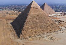 Photo of شاب مصري ينتحر من أعلى هرم خفرع