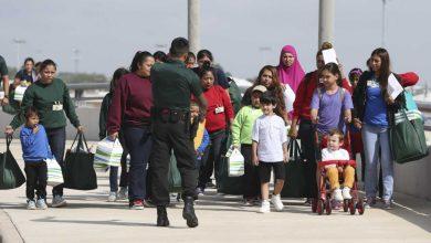 Photo of دعوى قضائية للإفراج عن المهاجرين المحتجزين حرصًا على سلامتهم