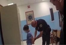 Photo of محامي جورج فلويد يعيد قضية اعتقال طفل وتكبيله للأضواء