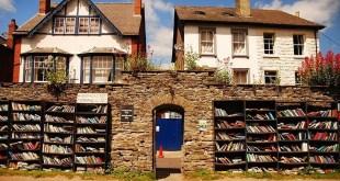 مقال – «هاي أون واي» Hay-on-Wye مدينة الكتب