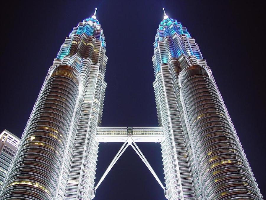 برجا بتروناس التوأم Petronas