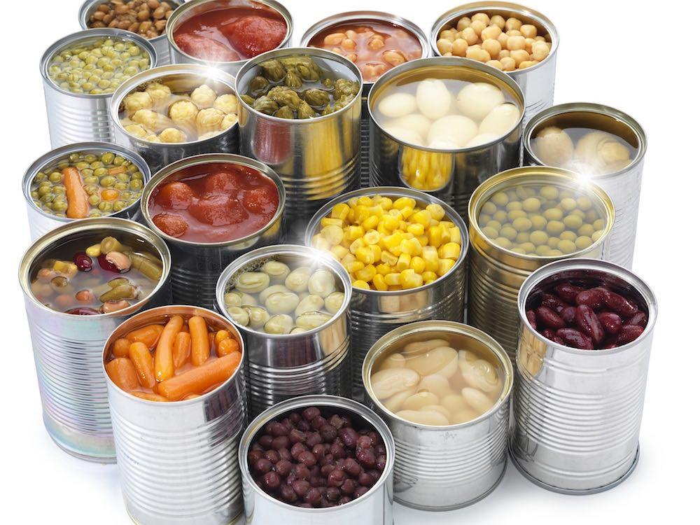 مقال - تعرف على مزايا و عيوب الخضروات المعلبة