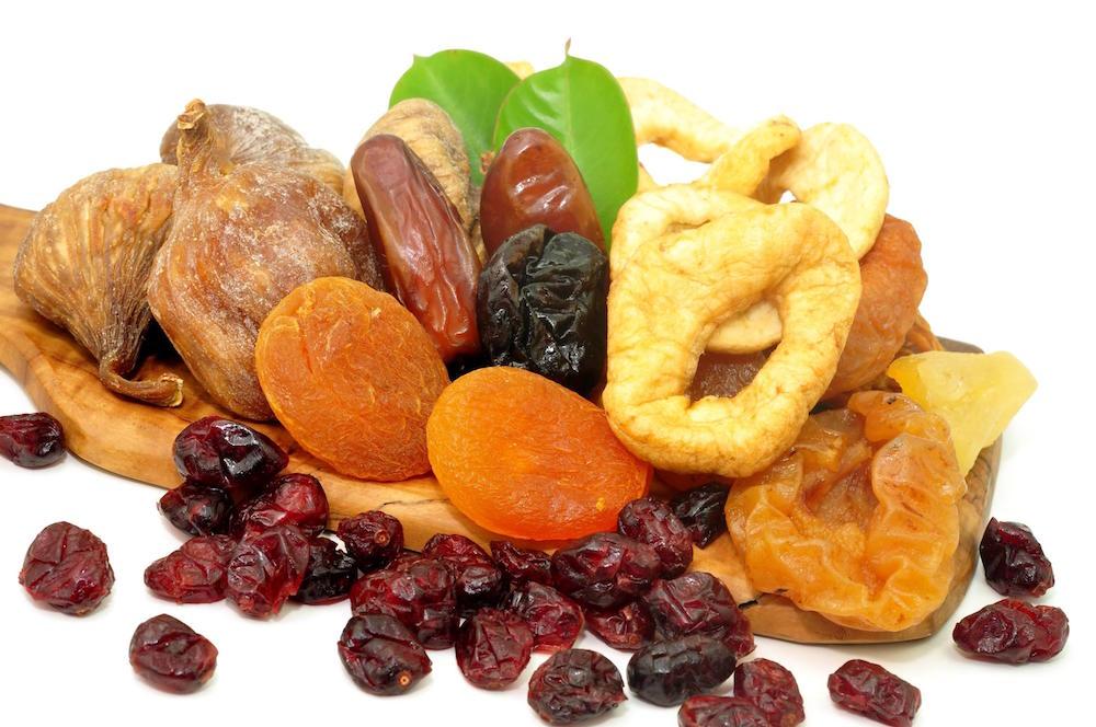 مقال - فوائد وأضرار الفواكه المجففة