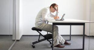 مقال - الجلوس لفترات طويلة.. مخاطر مرعبة على صحة الإنسان