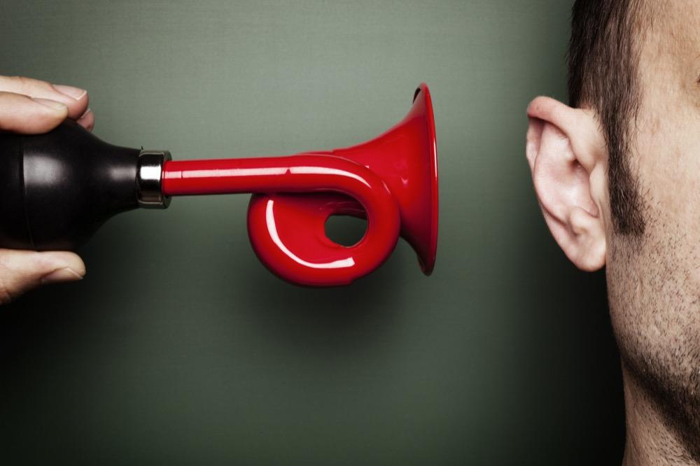مقال - كيف تحمي أذنك من فقدان السمع؟ - موقع علوم العرب