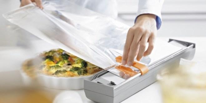 مقال - ما هي أخطار الألمنيوم على الصحة عند لفه بالأطعمة واستعماله في الطهي؟