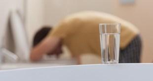 مقال – أشهر 10 أعراض للتسمم الغذائي