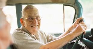 مقال – متى يستطيع المسن قيادة السيارة؟