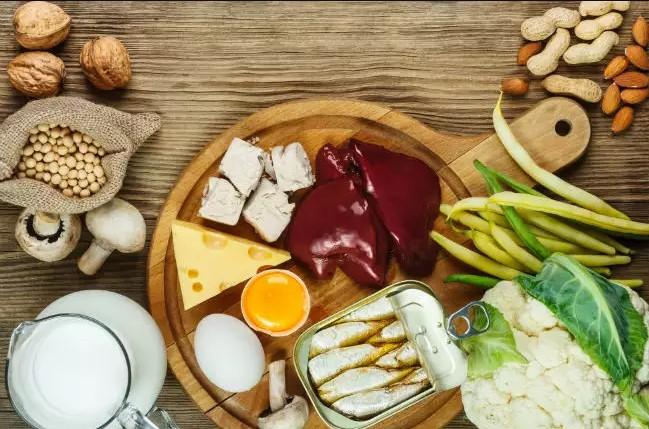 هذه الأغذية مهمة لصحة الشعر و الأظافر