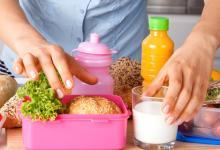 صورة 9 نصائح لحماية طفلك من التسمم الغذائي بالطعام الذي يأخذه إلى المدرسة