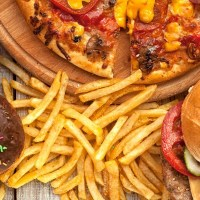 """""""طريقة مبتكرة"""" لتجنب الأطعمة الغنية بالسعرات الحرارية"""